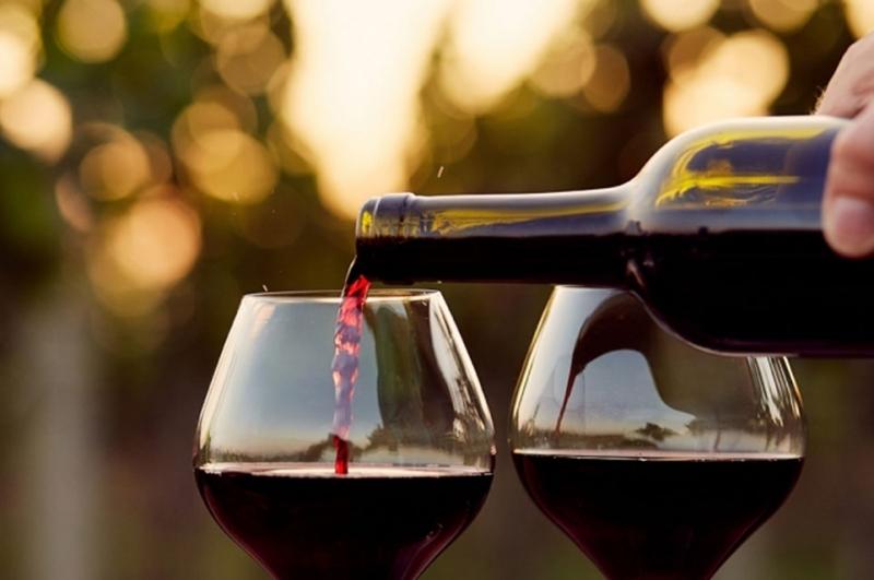 უცხოელი ტურისტებისთვის ტურიზმის ადმინისტრაცია 1 მილიონამდე ლარის სასაჩუქრე ღვინოს იყიდის